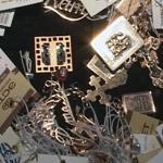 «С мешком золота…»