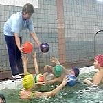 Плавание лечит - коррекционный класс