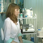 Косметолог: уход за волосами